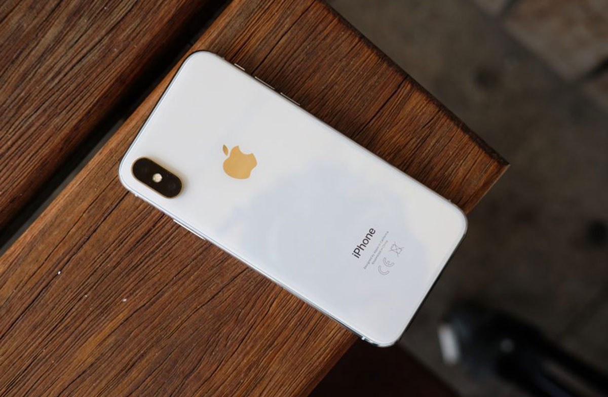 google paga a apple millones